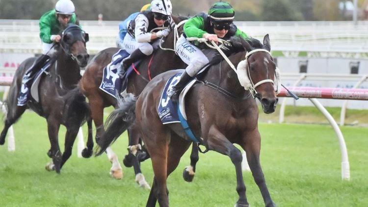 26/06/19 – Wednesday Horse Racing Tips for Sandown